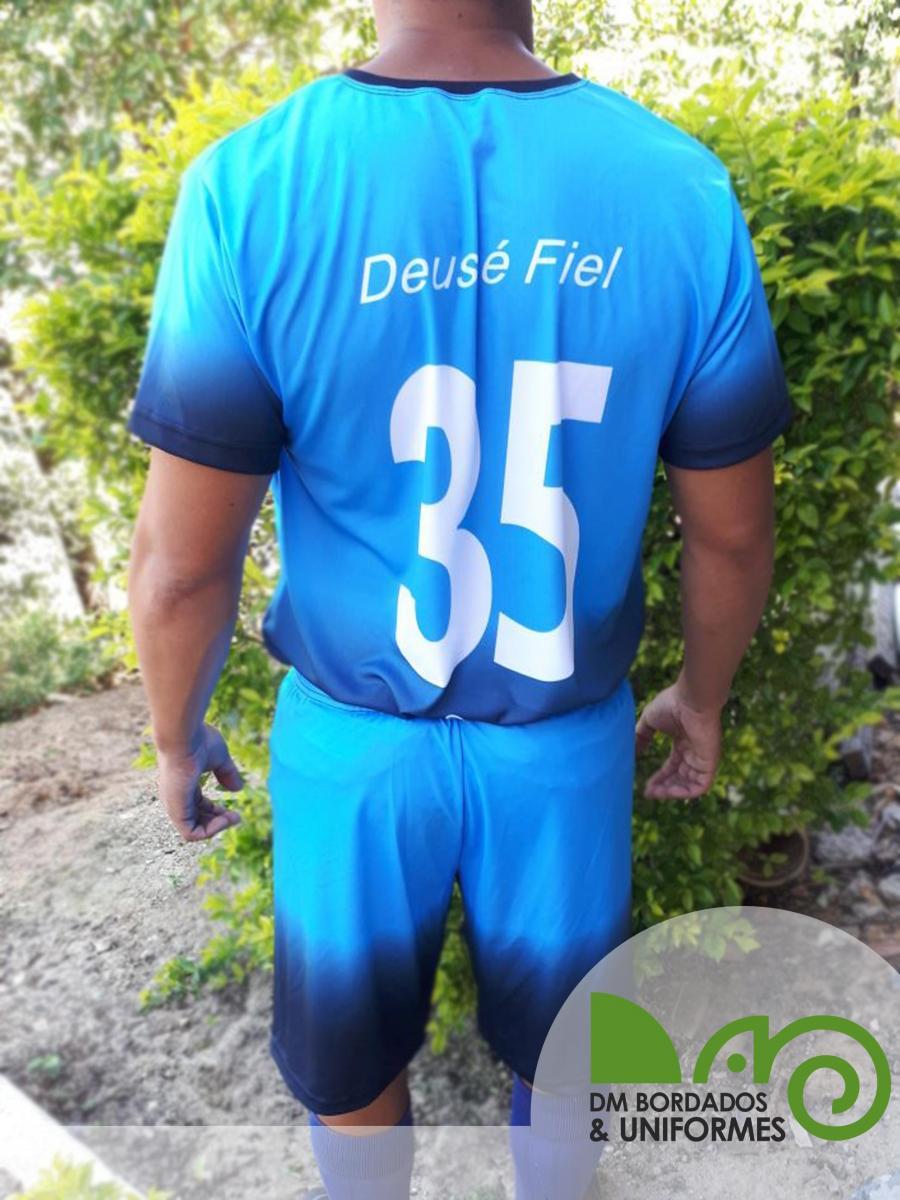 Uniforme de Futebol - DM Bordados   Uniformes - Confecção de ... 0746f13c9fead